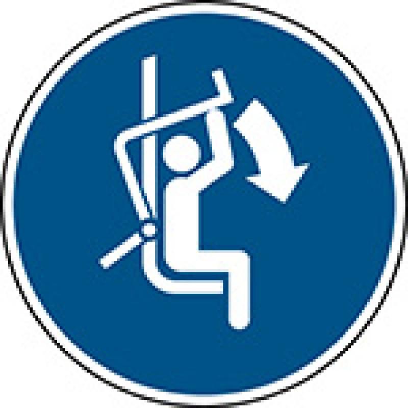 M033 - Κλείστε τη μπάρα ασφαλείας του αναβατήρα του σκι