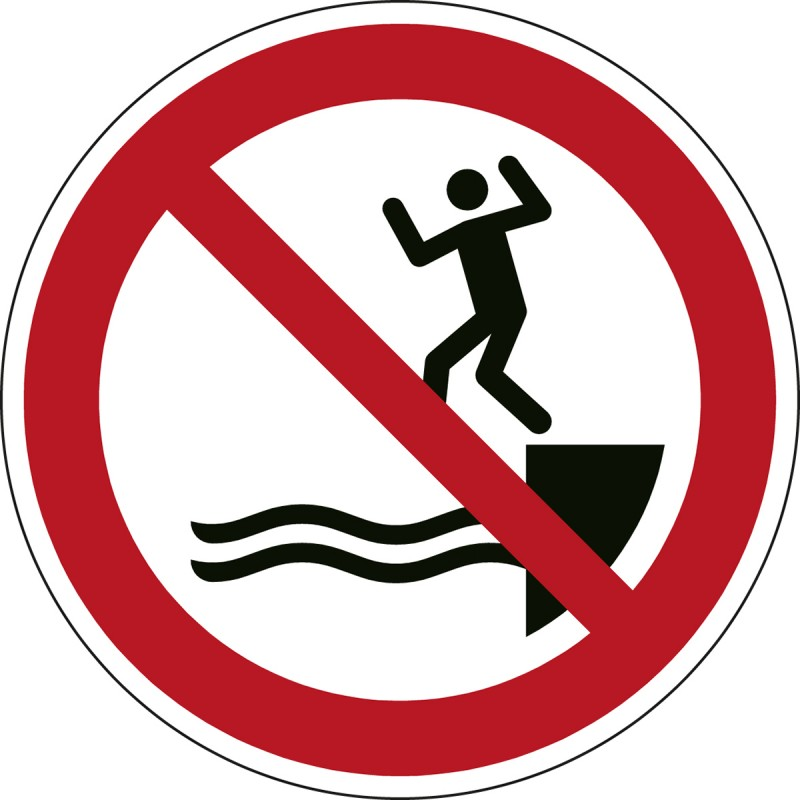 P061 - Απαγορεύεται το πήδημα στο νερό